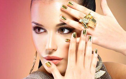 Minx Nail Wraps & Acrylic Nails